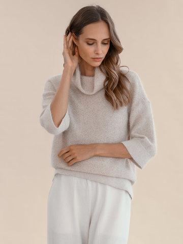 Женский свитер бежевого цвета из ангоры - фото 2