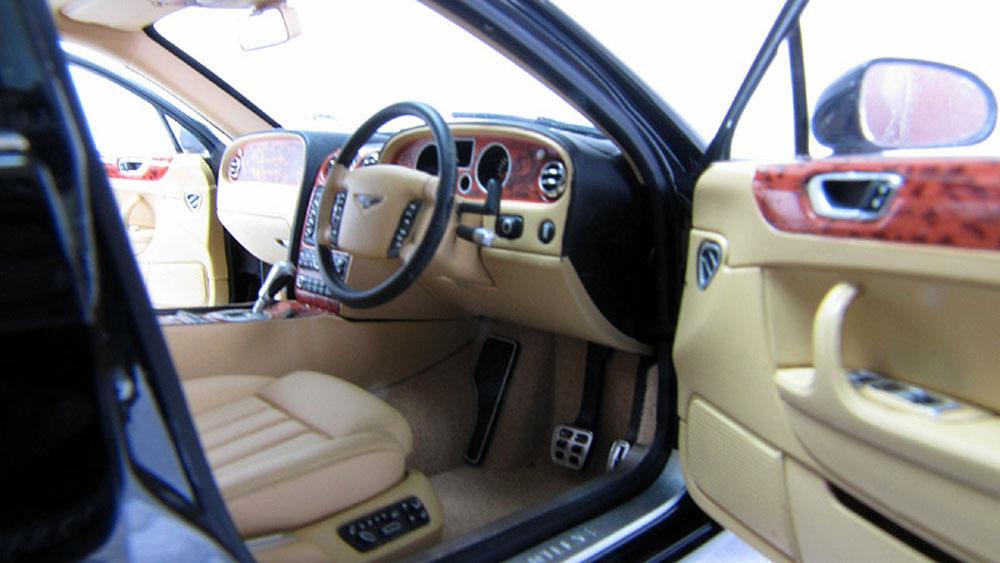 Коллекционная модель Bentley Flying Spur 2005 Black