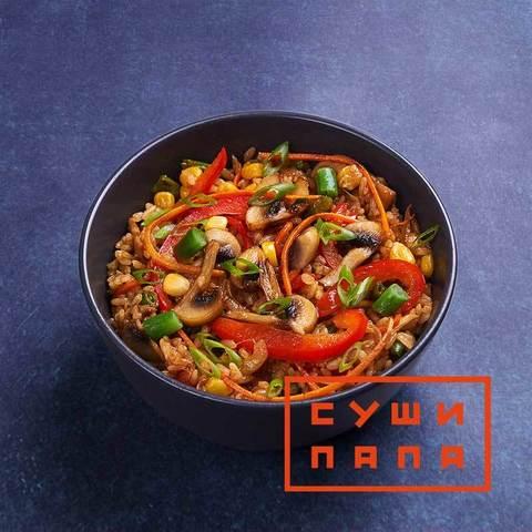 Тяхан с овощами в соусе хойсин