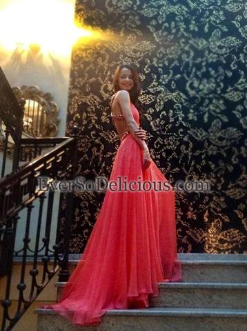 Выпускница Анна в платье Jovani 7506