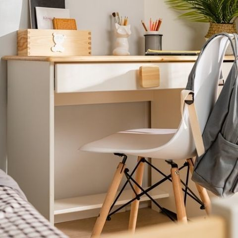 Письменный стол из массива Кидс 5