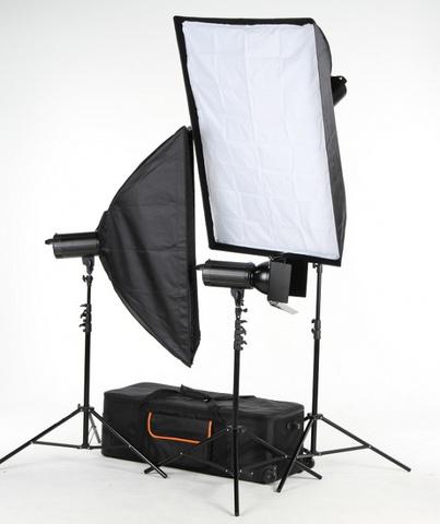 Комплект студийного света FST PRO-600 Master Kit