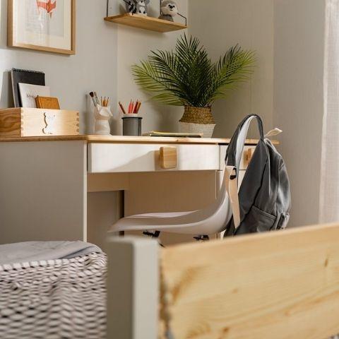 Письменный стол из сосны Кидс 5
