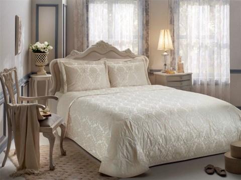 Покрывало жаккардовое 2-спальное Tivolyo home DAMARIS 260х260 см кремовое