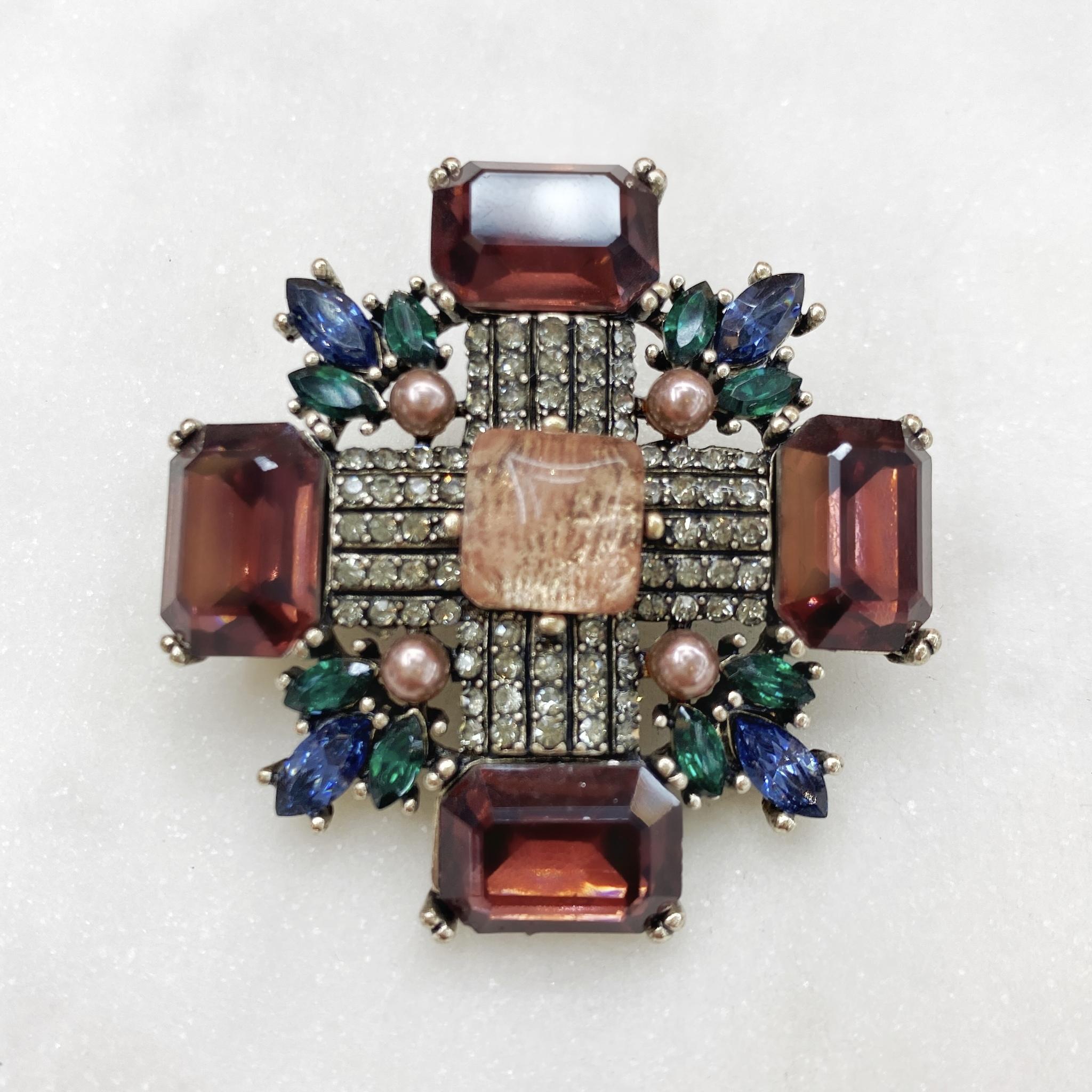 Брошь Орден M (коричневый, зеленый)