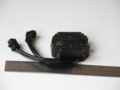 Реле регулятор Suzuki Bandit GSX 250/400 74A 75A 77A 79A