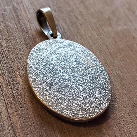 Нательная икона Страстная икона Богородицы с серебрением кулон медальон с молитвой