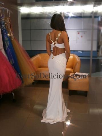 Светлана в белоснежном платье Jovani 85131