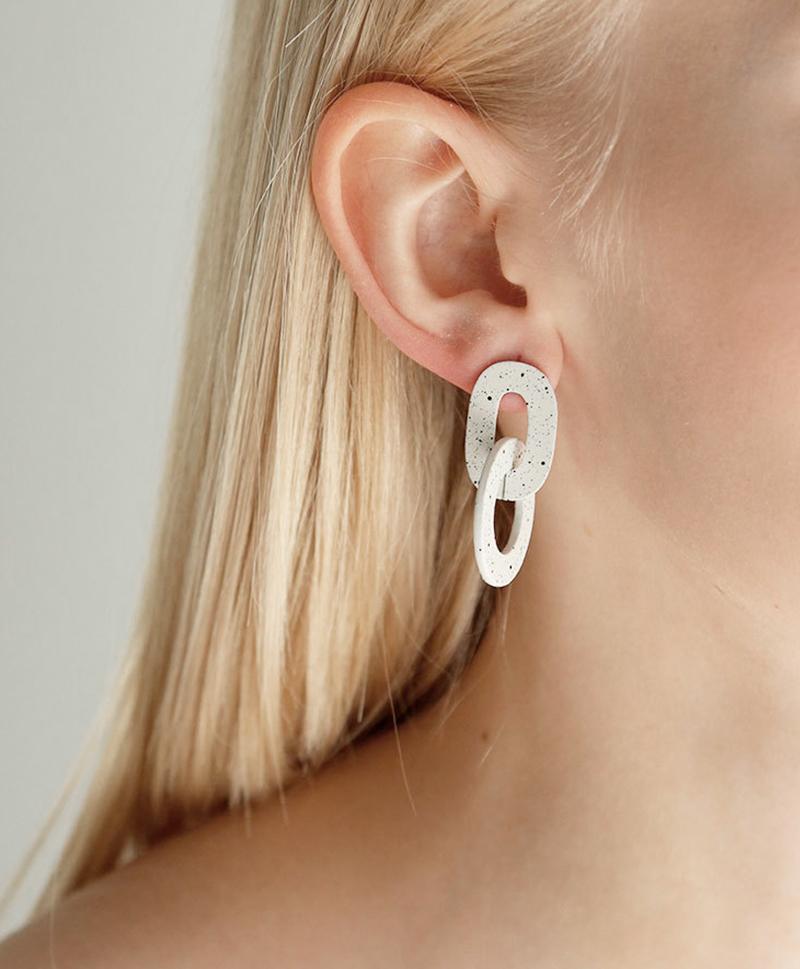 Серьги Orla I Earrings in Eggshell