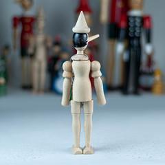 Неокрашенный деревянный Пиноккио, 31 см, Италия