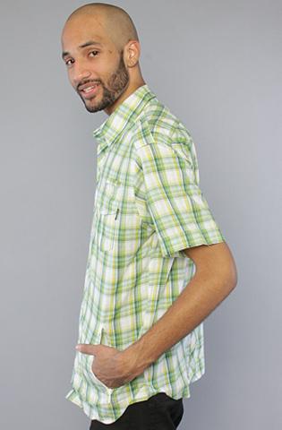 Рубашка зеленая в клетку фото сбоку