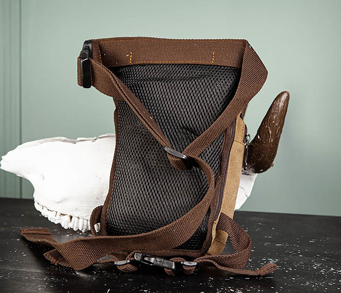 BAG506-2 Текстильная сумка на бедро коричневого цвета фото 05