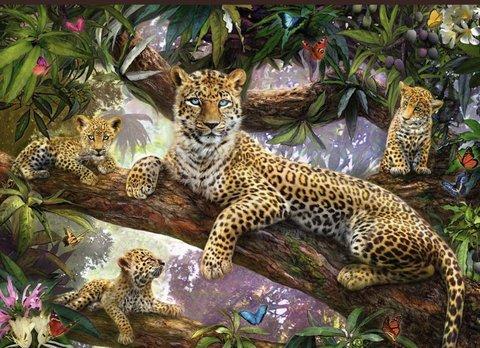 Алмазная Мозаика 40x50 Тигрица с тигрятами на дереве (арт. S2835)