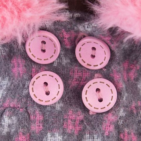 Зайка Ми в пальто и розовой шапке