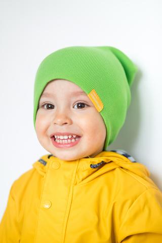 детская шапка хлопковая в рубчик салатовая