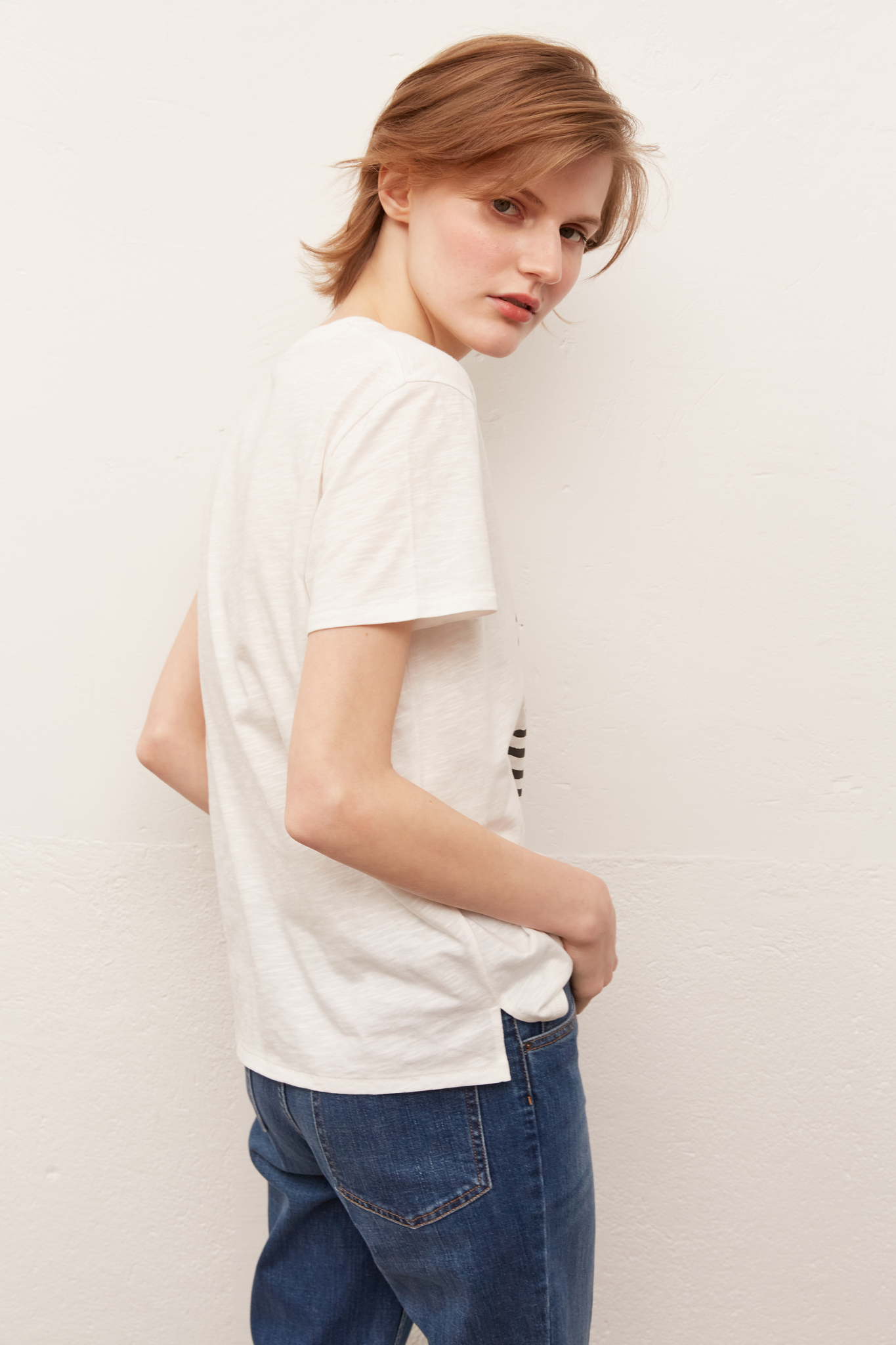 JOSHUA - Хлопковая футболка с вышитыми сердечками