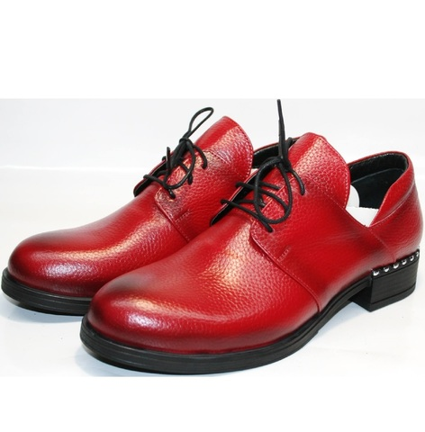Красные туфли на низком каблуке. Женские туфли дерби Marani Magli