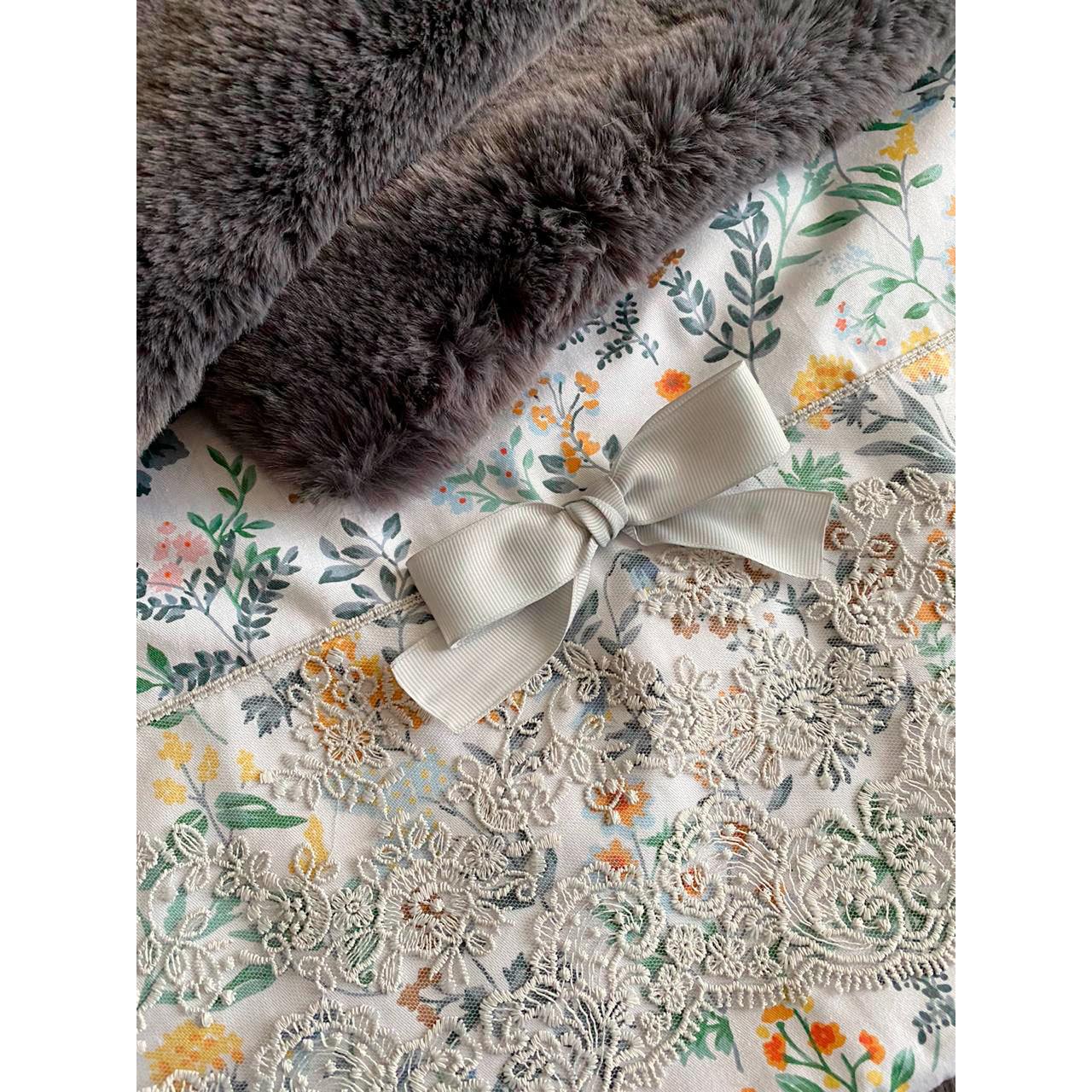 1961/4 - Комплект лежанка с одеялом для собаки