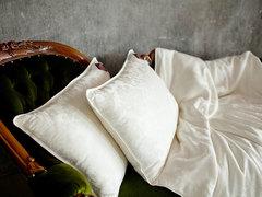 Подушка шелковая 50x68 «Luxury Silk Grass»