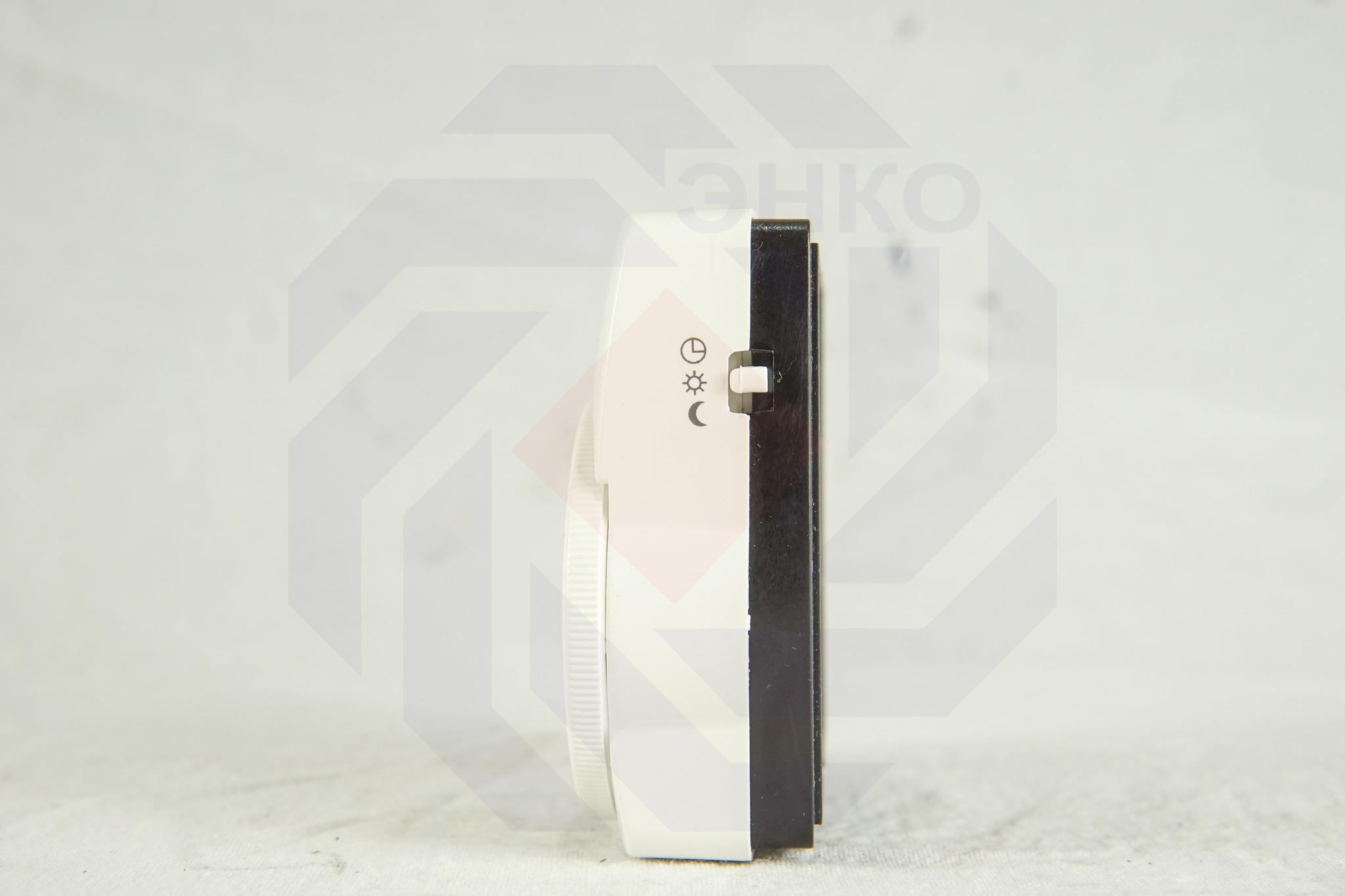 Термостат комнатный WATTS WFHT-DUAL SEN с датчиком температуры пола