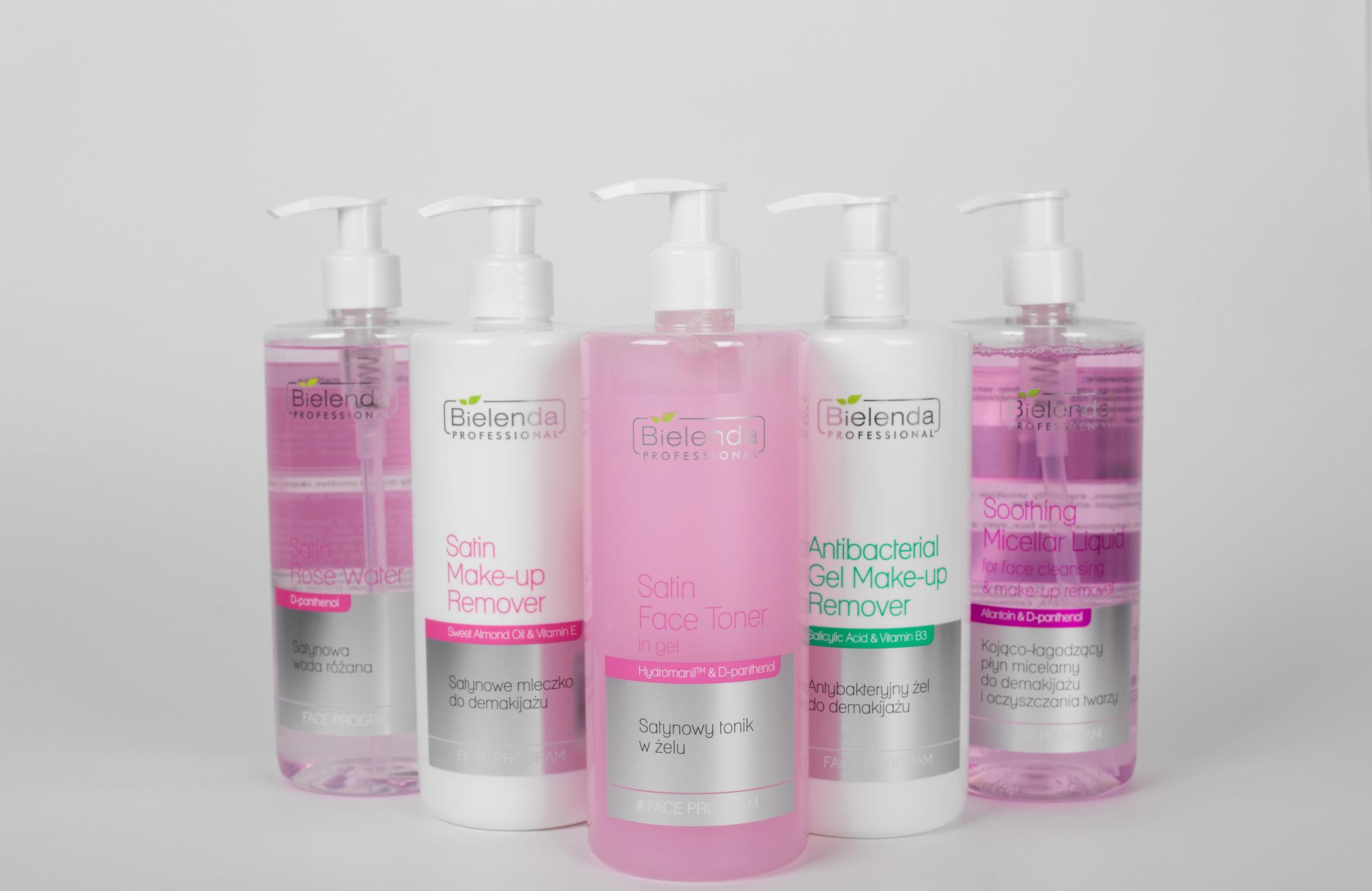 CLEANSING Успокаивающая мицеллярная жидкость для снятия макияжа и очищения лица, 500 мл.