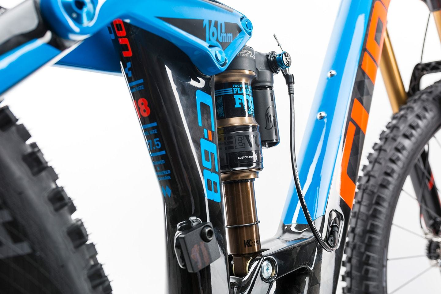 Cube Stereo 160 C:68 Action Team 27.5 (2017)
