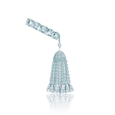 4782- Кольцо-дорожка из серебра с кисточкой из цепочек с каплевидными цирконами