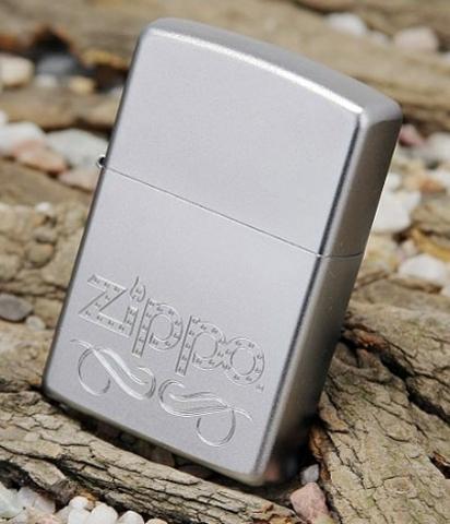 Зажигалка ZIPPO 24335 Zippo Scroll с логотипом