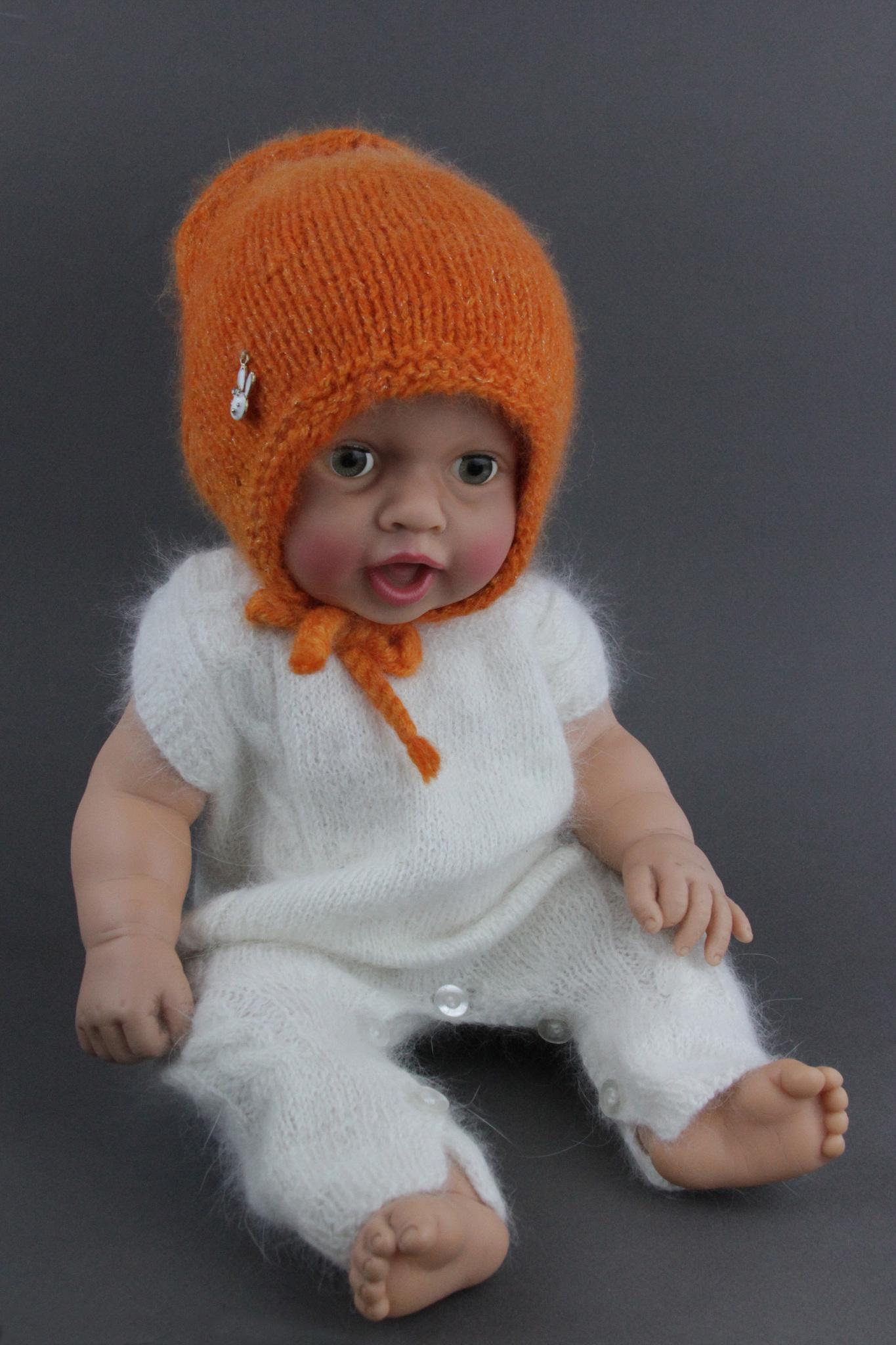 Orange_hat