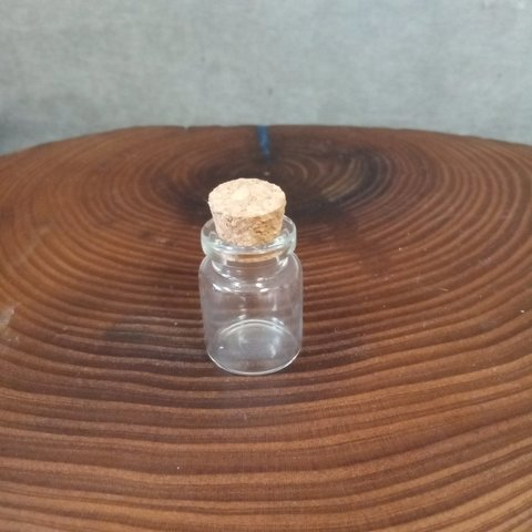 Бутылочка для творчества 3 см с пробкой