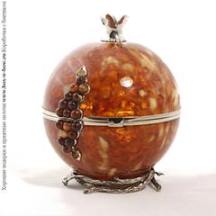 Шкатулка из янтаря Гранат