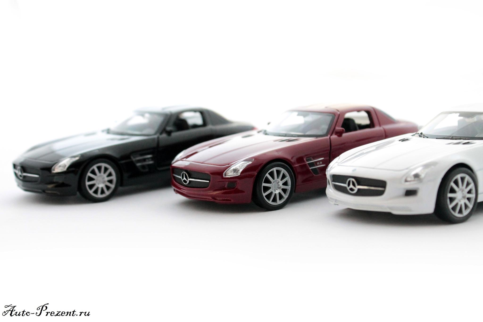 Машинка-игрушка Mercedes-Benz SLS AMG