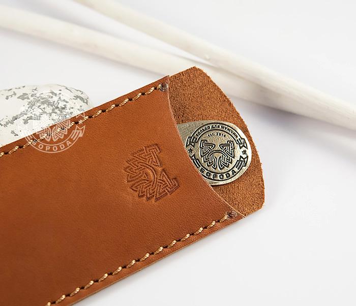 RAZ171 Классная фирменная расческа из бронзы в кожаном чехле ручной работы фото 03