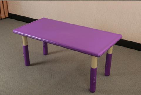 пластиковый регулируемый прямоугольный стол, 120х60см, фиолетовый. Для дома и детского сада