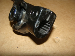 валик карданный рул.упр. УАЗ 315195 (круп/мелк.шлиц) корот.