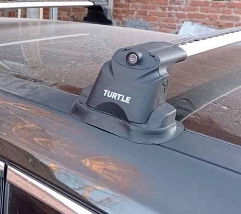 Багажник Turtle Air 3 Black в штатные места Nissan X-Trail T32