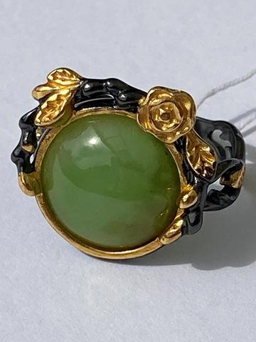 Рене-нефрит (кольцо из серебра)