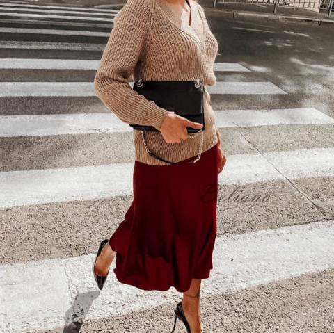 Натуральная трендовая миди юбка за колено из бордового шелка
