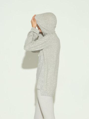 Женский джемпер с капюшоном светло-серого цвета из шерсти и кашемира - фото 4