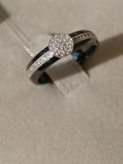 Кольцо из чёрной керамики с серебром и фианитами