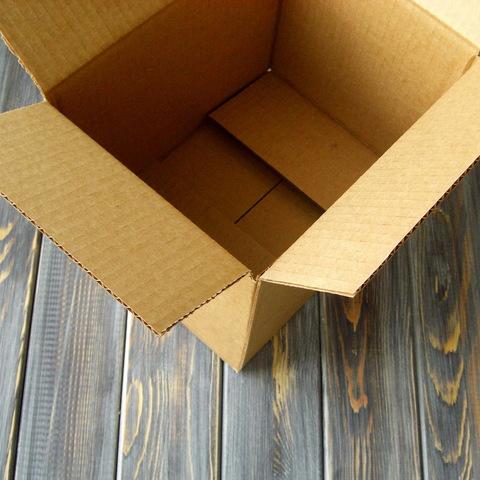 Коробка гофро 4-х клапанная (210*160*160мм)