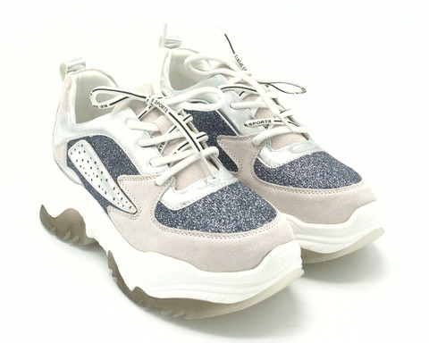 Комбинированные кроссовки с эффектной вставкой