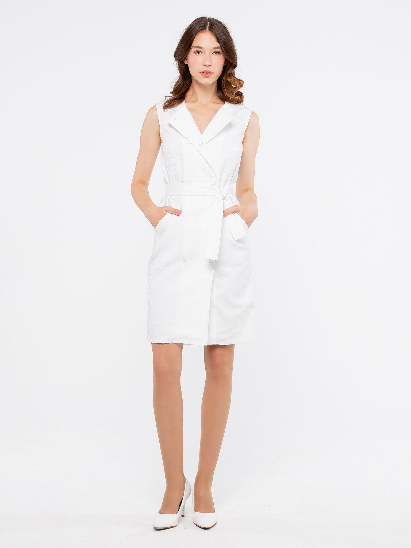 Платье З115-560 - Стильная и практичная модель 2 в 1 из фактурного жаккардового хлопка. Модель с двубортной застежкой на пуговицы по всей длине можно носить как платье или как жилет. В комплекте пояс из такой же ткани. Проявив немного фантазии, вы получите много вариантов для создания оригинального и безупречного образа.