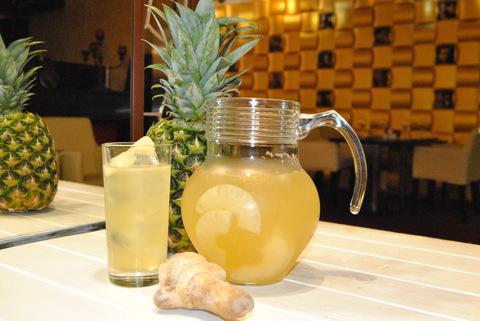 Лимонад имбирный с ананасом