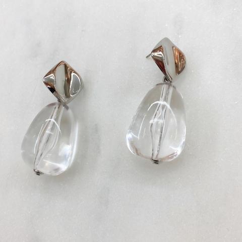 Серьги с прозрачными каплевидными подвесками акрил (серебристый)