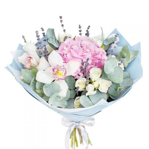 Букет с гортензией (1шт), орхидеей (3шт) и розами (3шт)