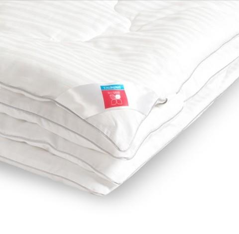 Одеяло легкое из лебяжьего пуха Элисон 140x205