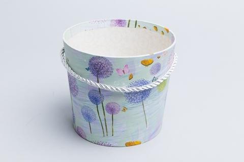 Коробка-конус для цветов Цветы на голубом