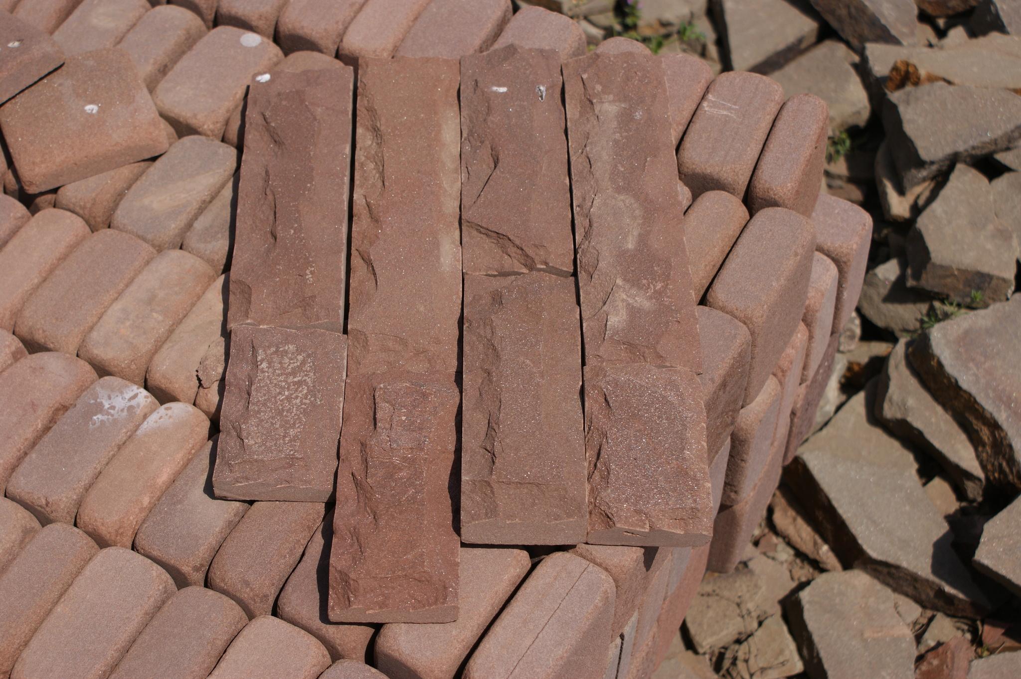 плитка песчаник пиленный рустованный Терракот (красный), укладка на поддон