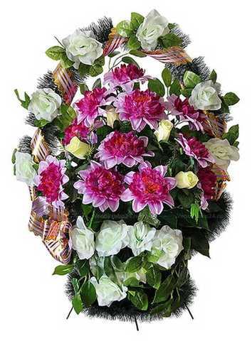 Траурная корзина из искусственных цветов